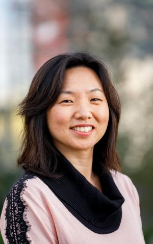 Mijounga Chang, Philanthropy Northwest Momentum Fellow: Data