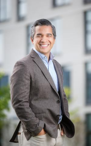 Marcelo Bonta, Philanthropy Northwest Momentum Fellow: Healthy Environment