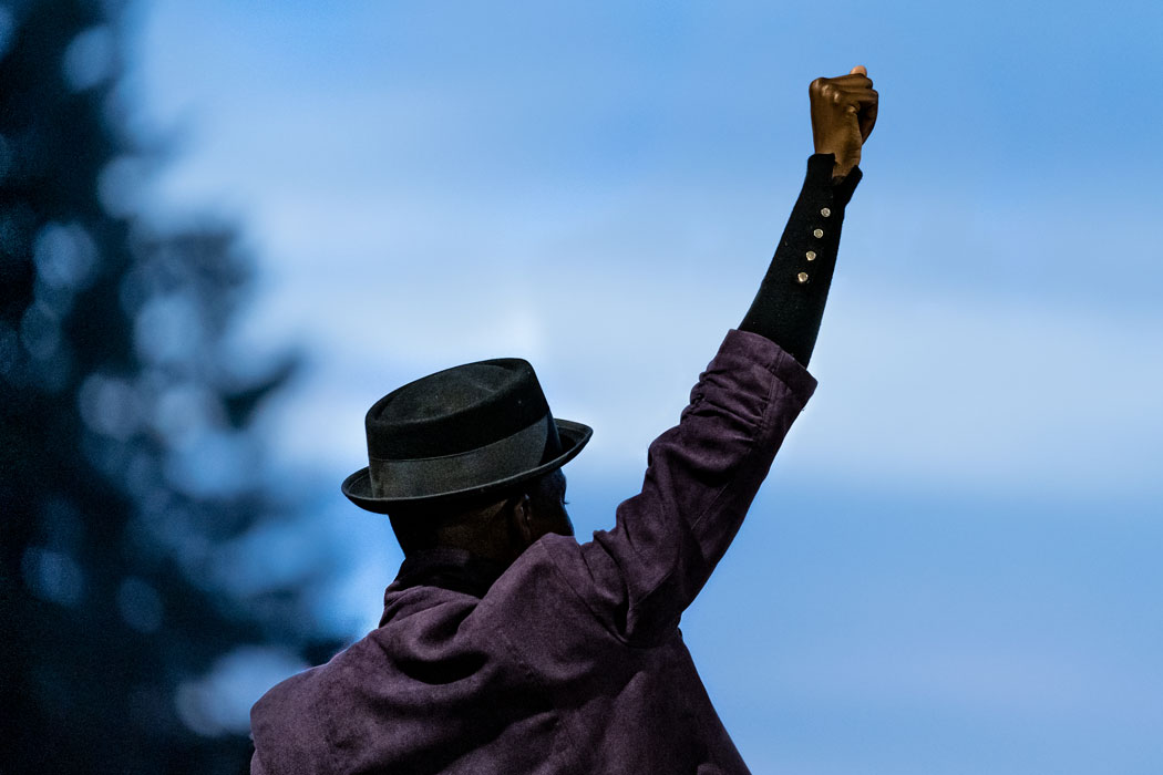 Picture of a man raising his fist